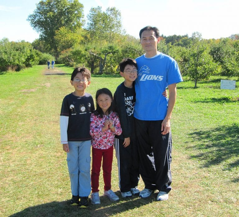khuu foundation family photo